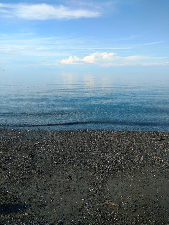 Unbegrenztes Wasser lizenzfreie stockbilder