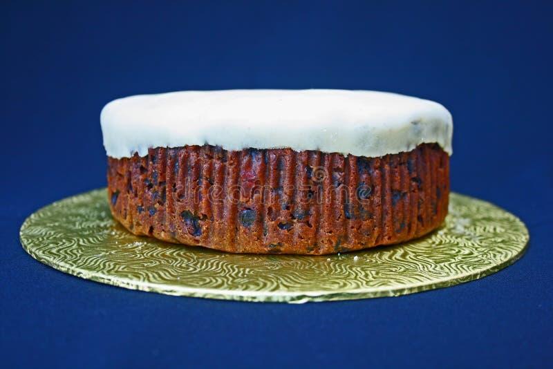 Download Undecorated Kuchen. stockfoto. Bild von küche, geburtstag - 12201324