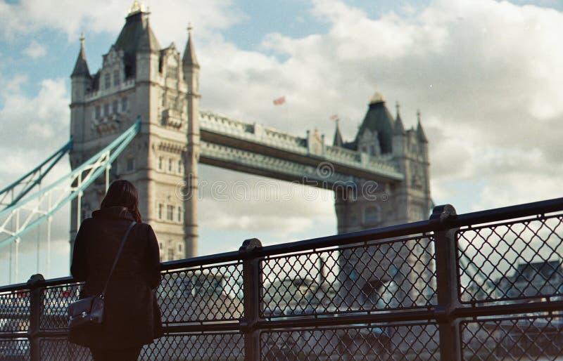 Under gå i London arkivbilder