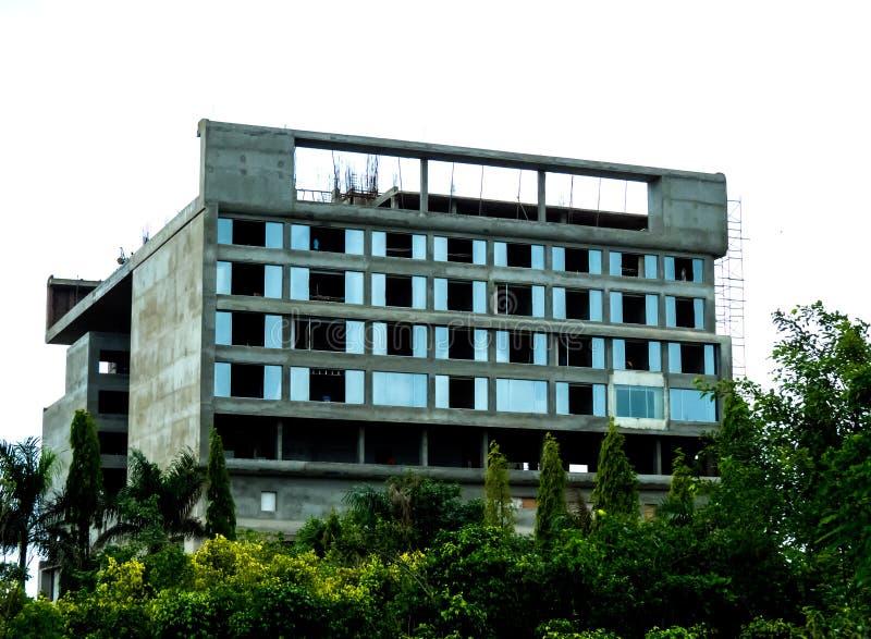 Under konstruktionsbyggnad - Indien arkivfoton