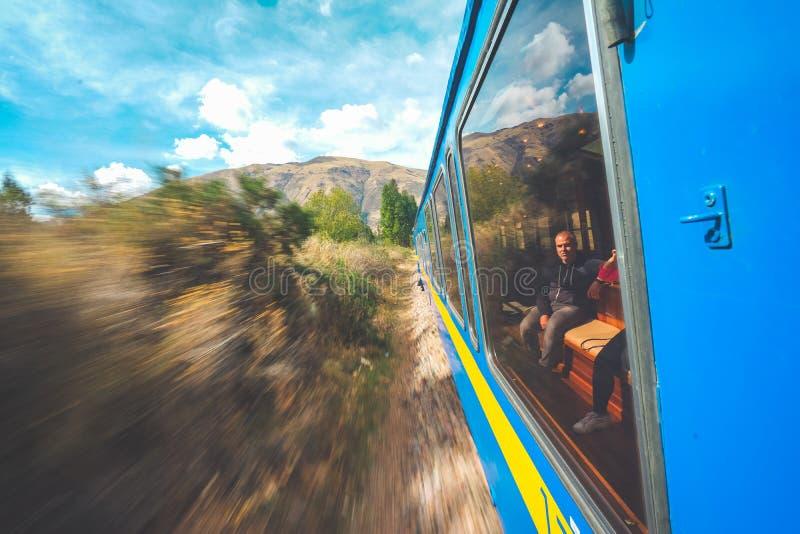 Underbar sikt från Peru Titicaca Train från Cusco till Puno, Peru arkivfoton