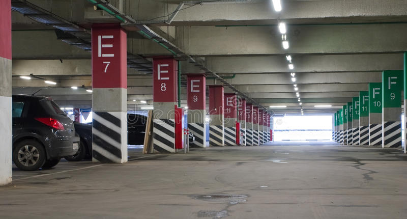 Download Underground Parking Royalty Free Stock Images - Image: 17131019