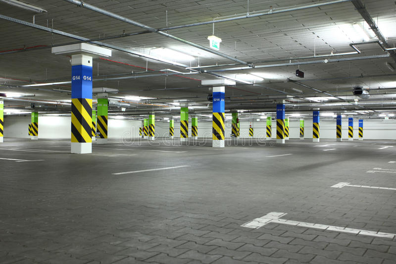 Download Underground parking stock image. Image of concrete, park - 21045595