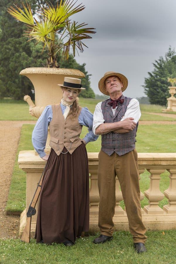 Underhållare för barn` s på Victorias det trädgårds- partiet i det Osborne huset royaltyfri fotografi
