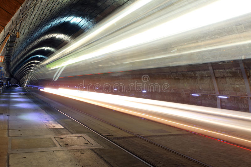 Underjordisk järnväg med flyttningdrevet, transporation royaltyfri bild