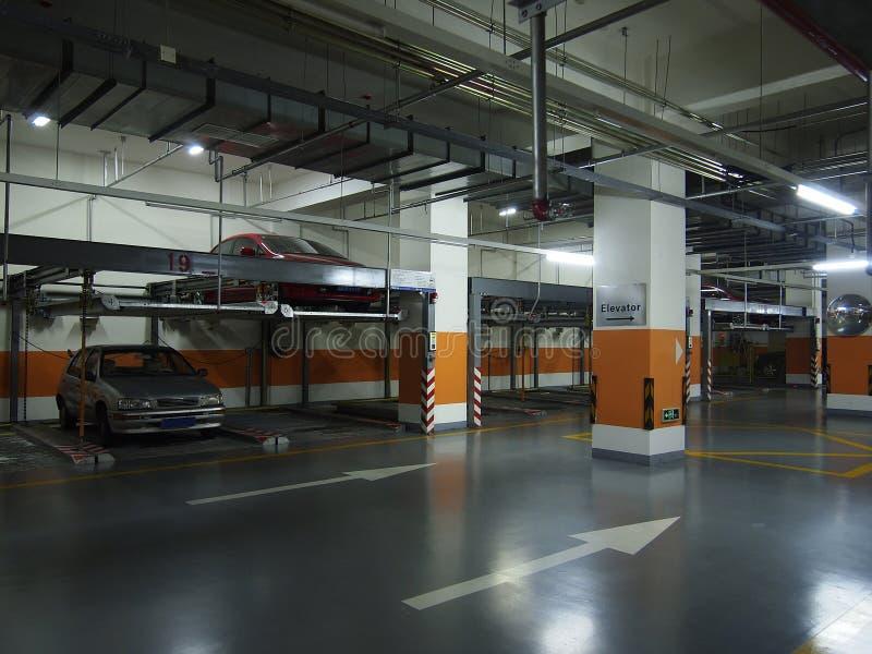 Underjordisk parkering arkivfoton