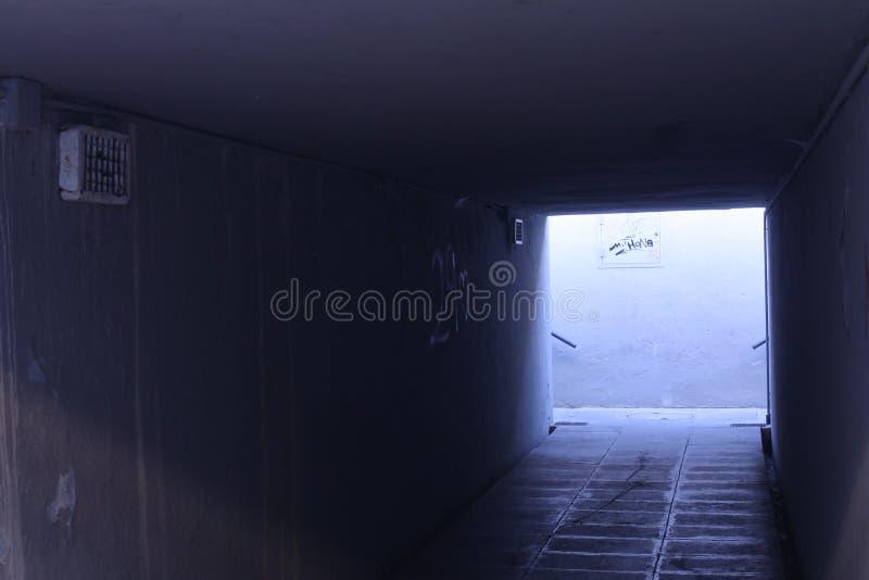 Underjordisk passage arkivbilder