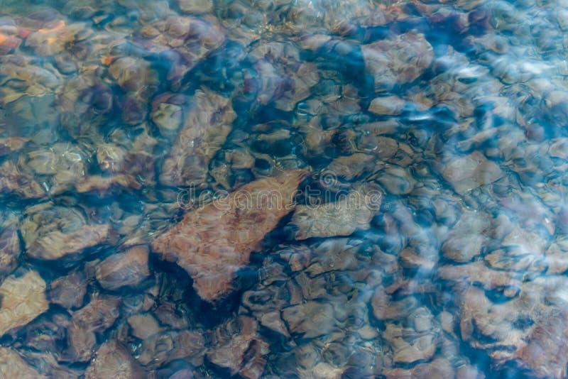 Undervattens- vaggar arkivfoto