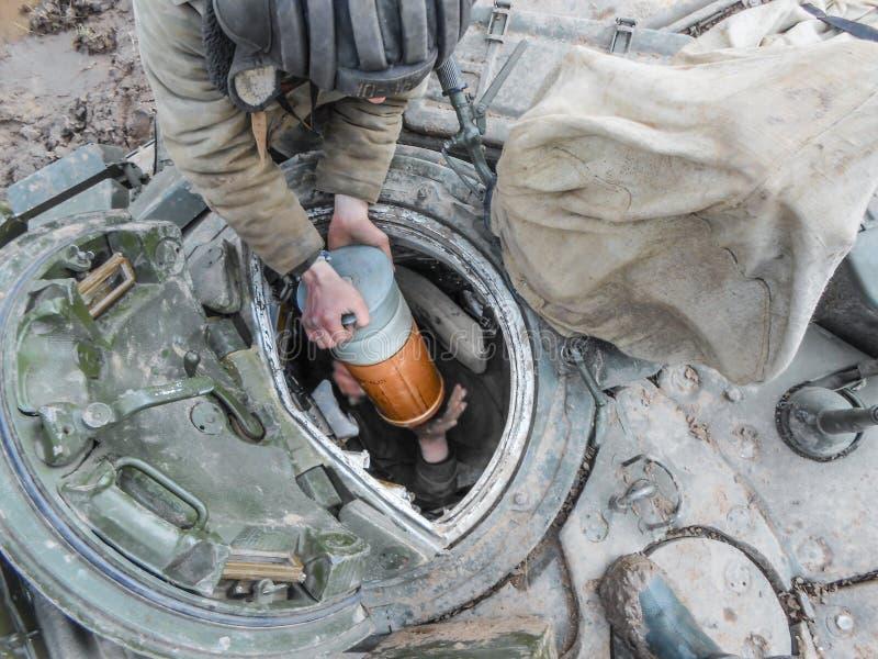Undervisningar av tankfartyg Päfyllningsammunitionar royaltyfri fotografi