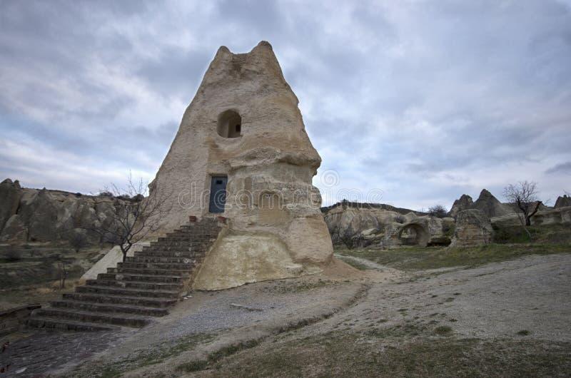 Une église antique faite en roche chez Cappadocia images libres de droits