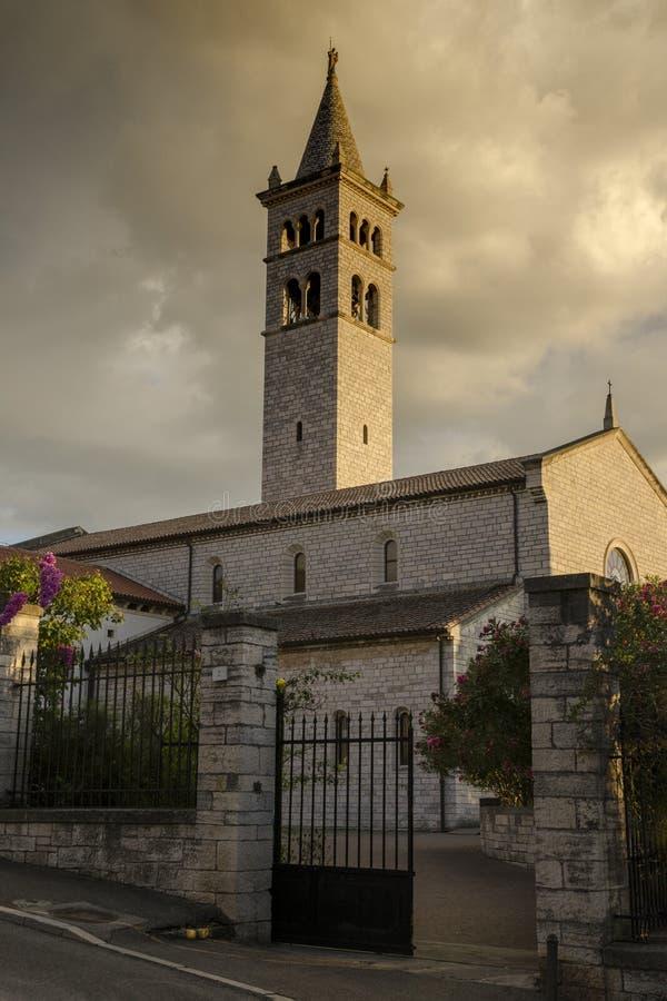 Une église colorée de St Anthony image libre de droits