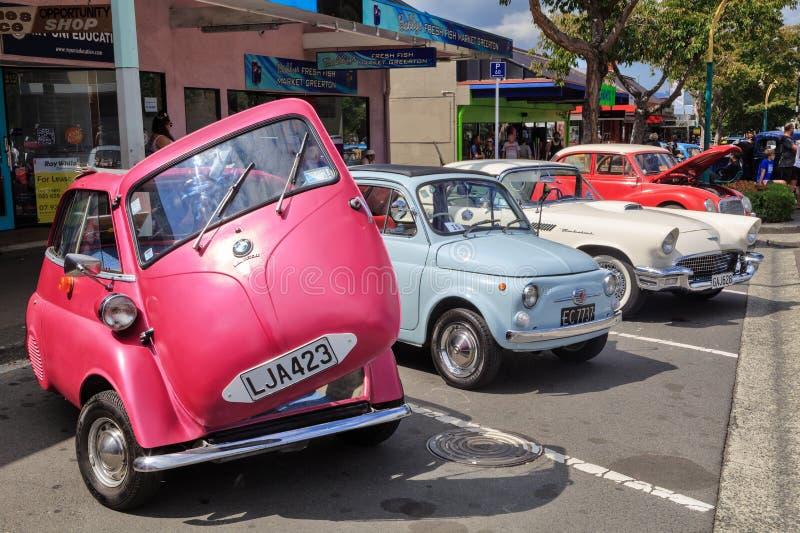 """Une """"voiture de bulle """"minuscule des années 1960, BMW Isetta photographie stock libre de droits"""