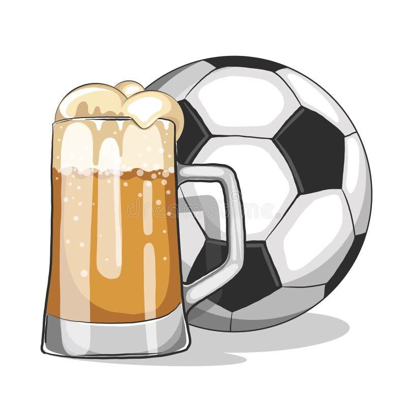 Une bière blonde et un football image libre de droits