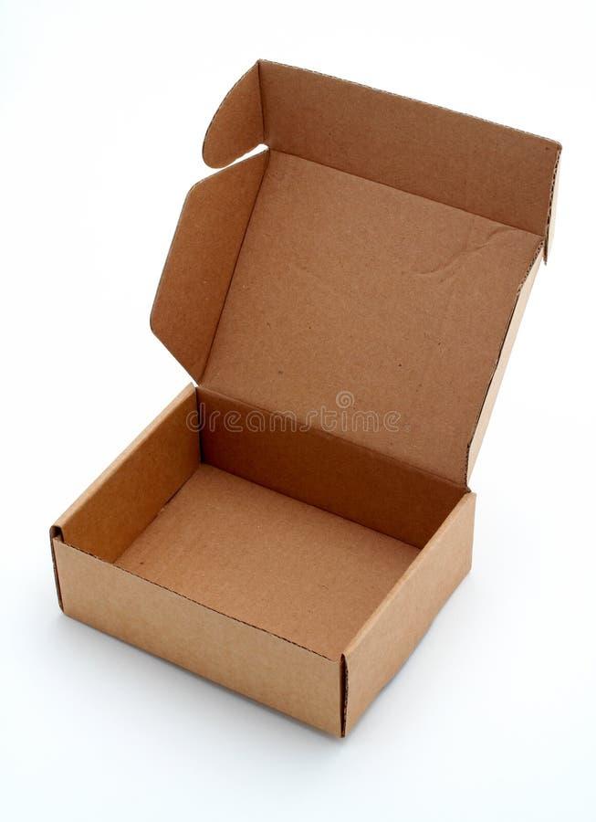 Une boîte en carton ouverte photos stock