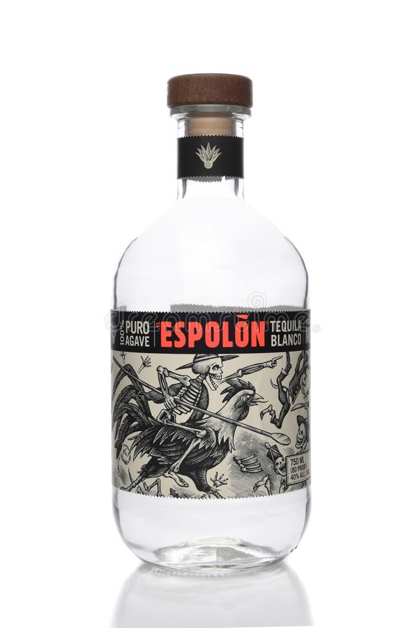 Une bouteille 750ml de Blanca de tequila d'EL Espolon, Handcrafted dans des altos de visibilité directe, la région des montagnes  images libres de droits