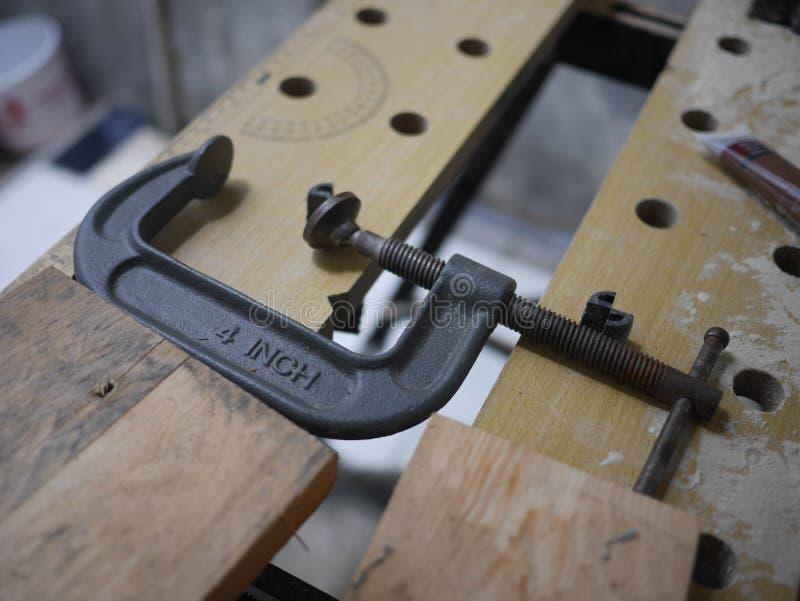 une bride de fer de quatre pouces photos stock