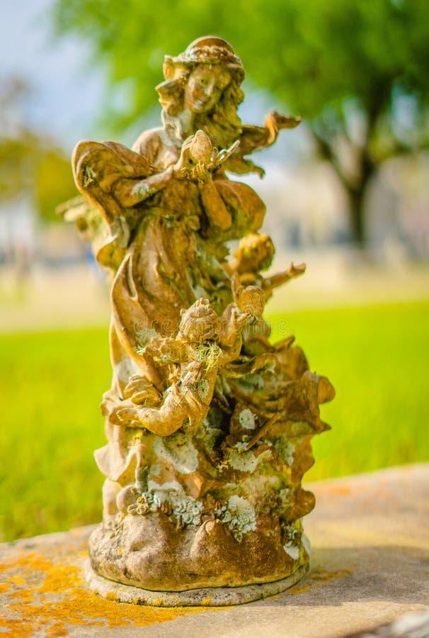 Une décoration grave ou une statue grave photographie stock