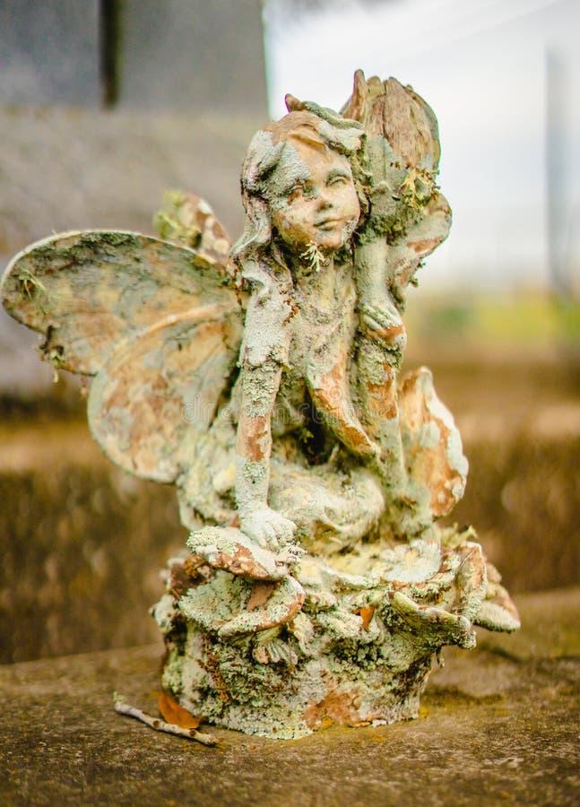 Une décoration grave ou une statue grave photo stock