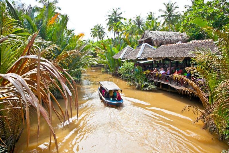Une destination de touristes célèbre est village de Ben Tre dans le delta du Mékong images libres de droits