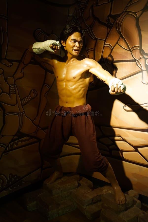 Une figure de cire de Tony Jaa au musée de cire de Madame Tussauds photos libres de droits