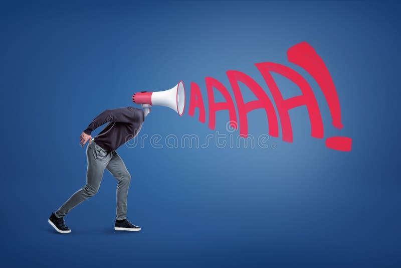 Une figure masculine avec un mégaphone au lieu d'une tête avec des lettres représentant sortir bruyant de cri perçant de lui image stock