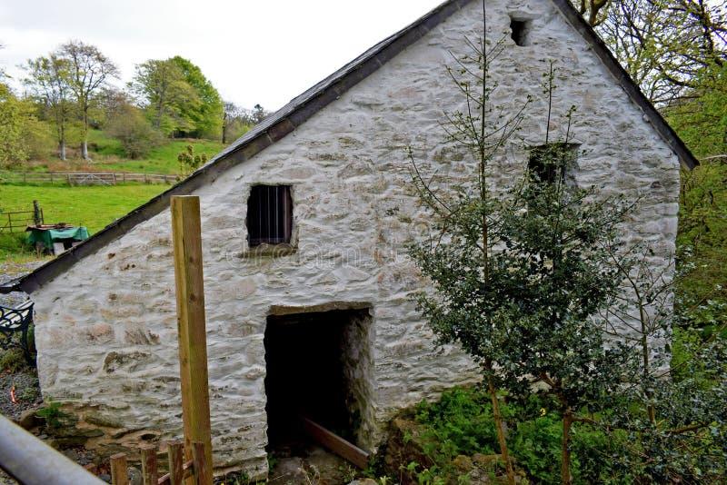 Une fin d'un moulin très vieux qui actuellement est reconstitué photos libres de droits