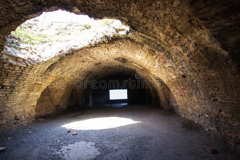 Une forteresse bizantine souterraine, présentée par un Capricorne photo stock