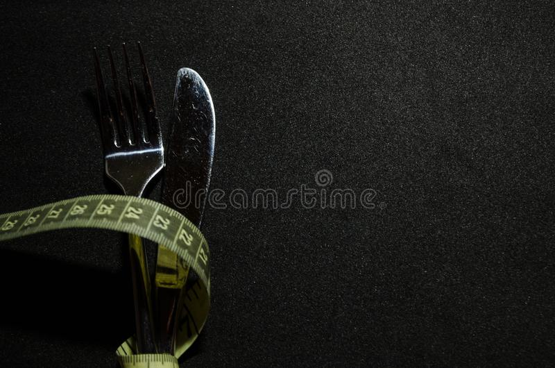une fourchette avec la bande de mesure images libres de droits