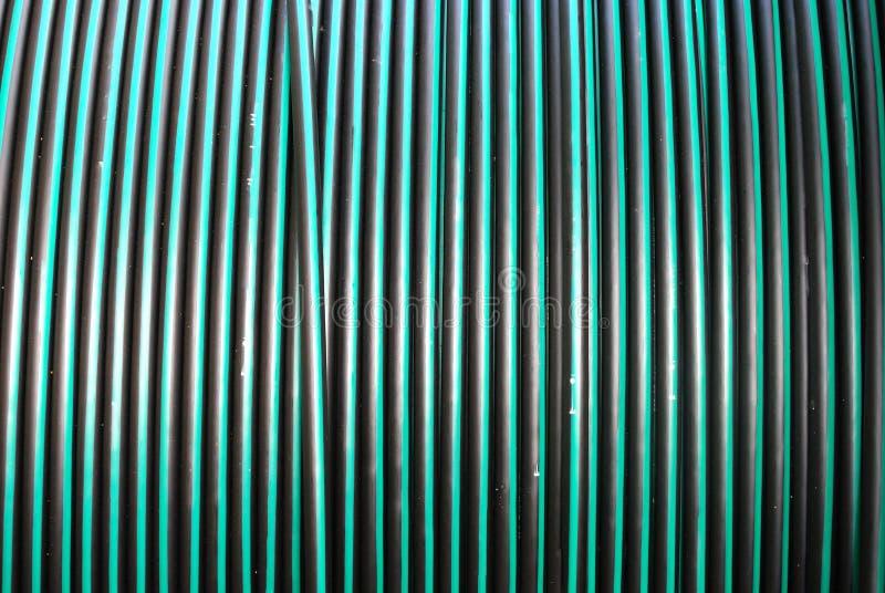 Une grande bobine de câble électrique souterrain photo stock