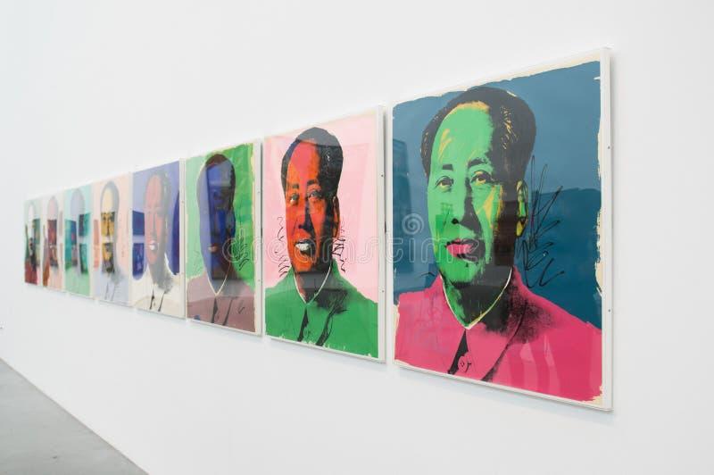 Une illustration par Andy Warhol dans Tate Modern célèbre à Londres photo stock