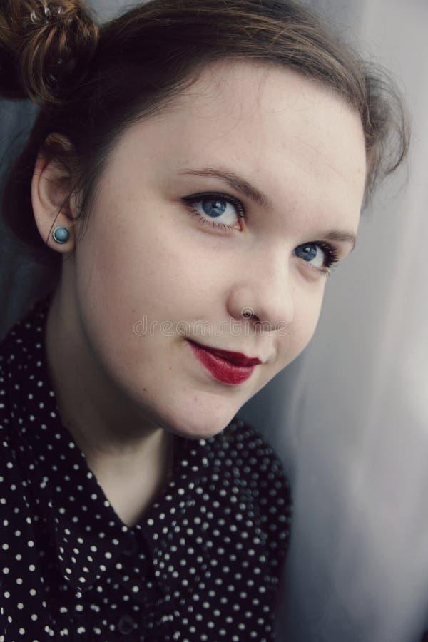 Une jeune femme de perspective photographie stock libre de droits