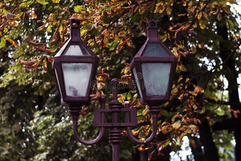 Une lanterne sur Lviv photos stock