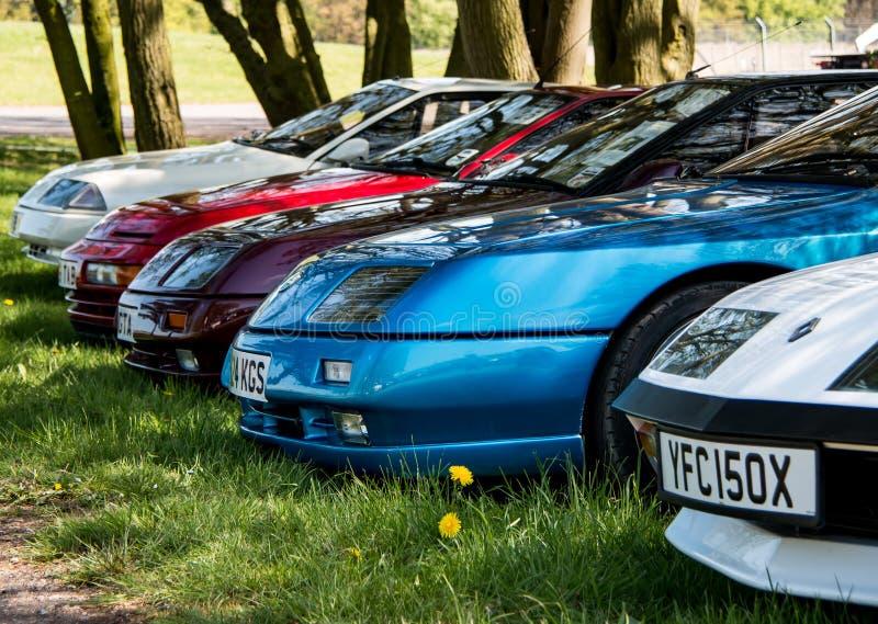 Une ligne spéciale des voitures de sport alpines exotiques image libre de droits