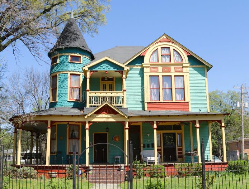 Une maison colorée d'appartement dans le tonnelier Young District photo libre de droits