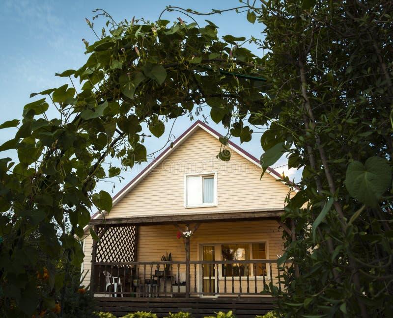 Une maison priv?e photographie stock libre de droits