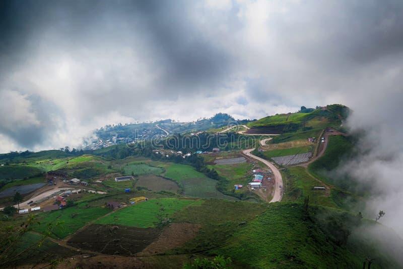 Une montagne dans Petchaboon, Thaïlande photo libre de droits