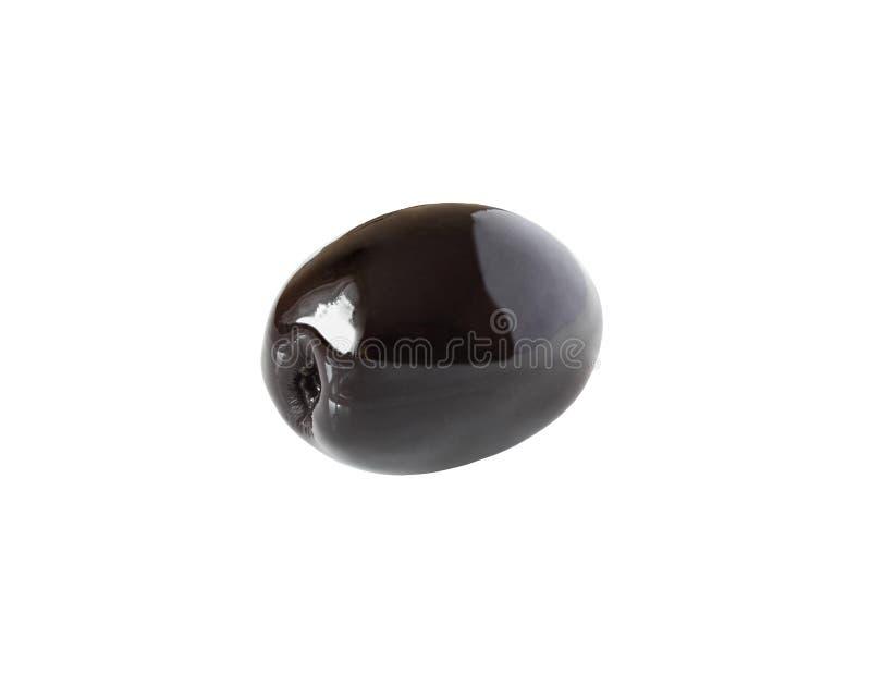 Une olive noire entière d'isolement sur le blanc avec le chemin de coupure photographie stock libre de droits