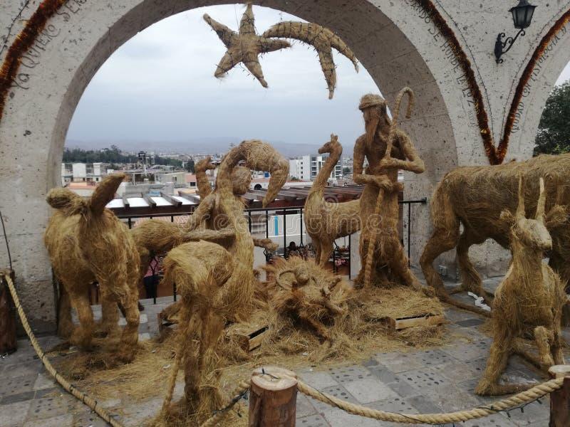 Une paille a fait la scène de nativité - Arequipa, Pérou images libres de droits