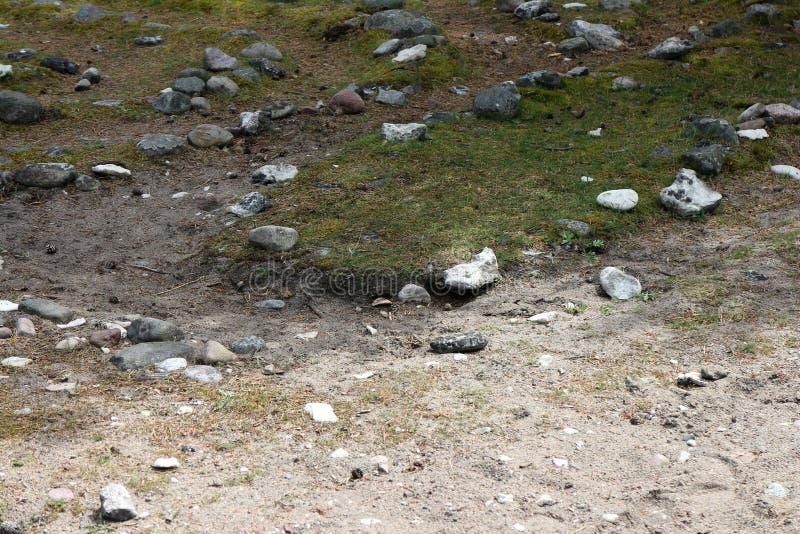 Une partie d'un labyrinthe en pierre dans Folhammar, Gotland, Suède images stock