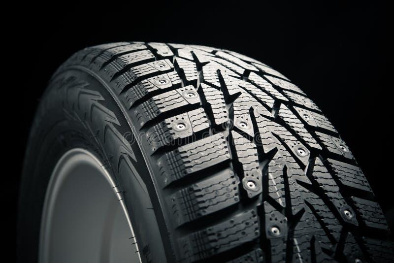 Une partie de pneu de l'hiver images stock