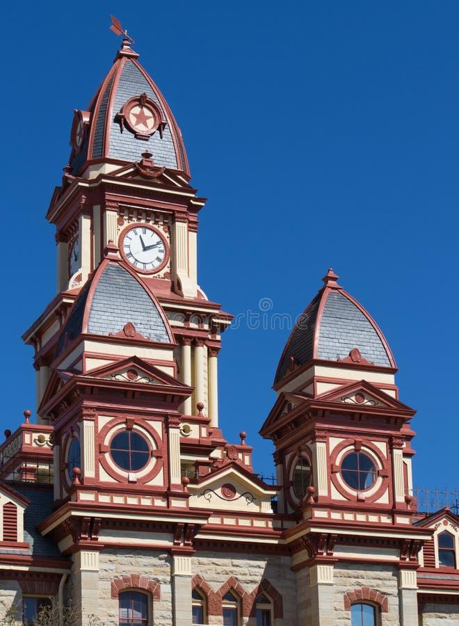 Une partie du dessus du tribunal du comté de Caldwell en Lockhart Te image stock