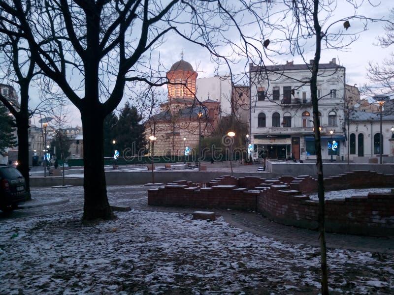 Une pause haletante d'une belle ville photos libres de droits