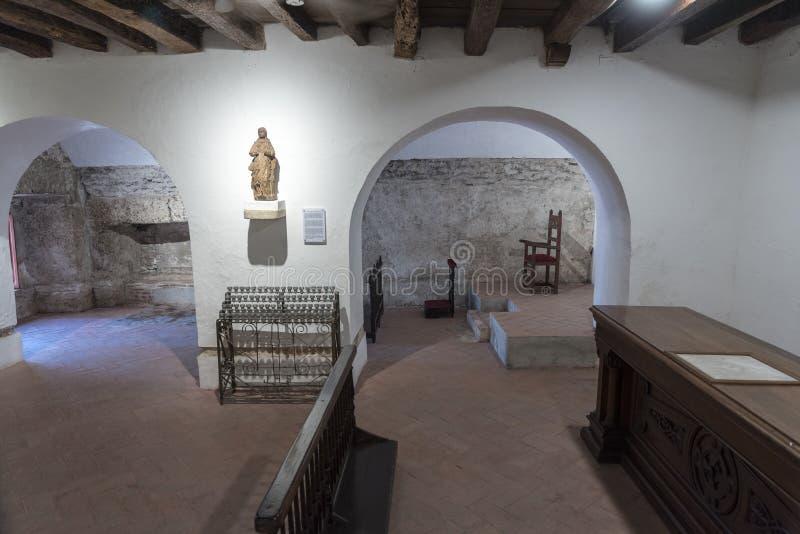 Une petite chapelle dans le Parroquia San Pedro Claver photo stock