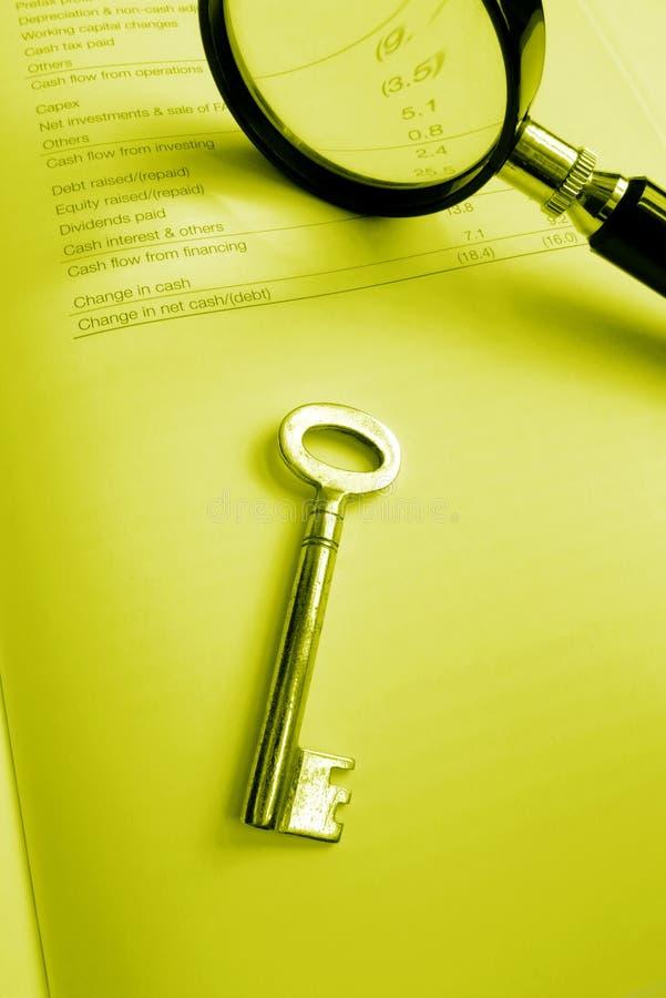 Clé à l'investissement réussi - bilan ordonné image libre de droits