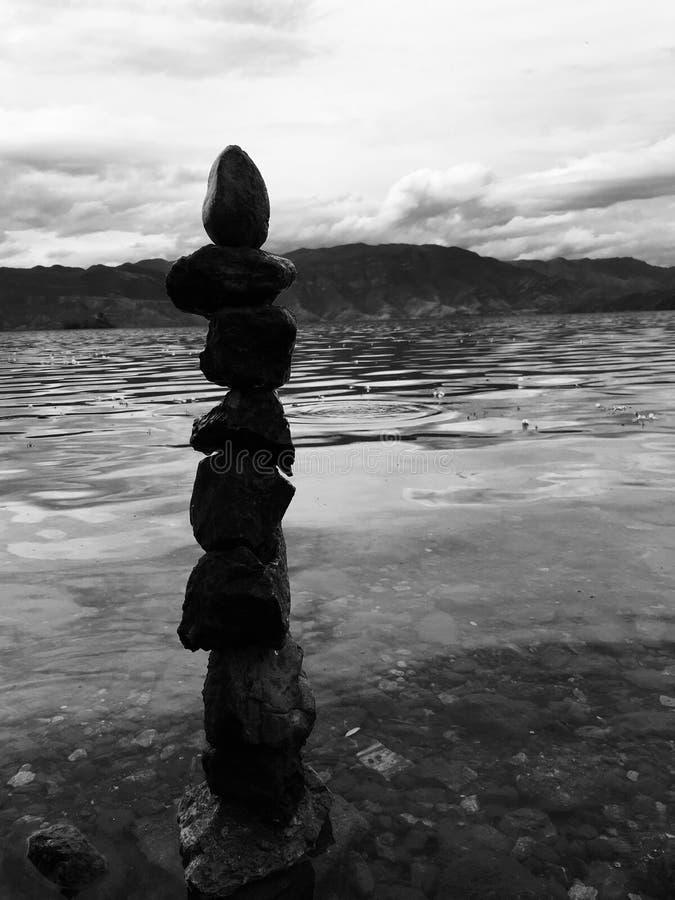 Une pierre, un coeur, un homme images stock