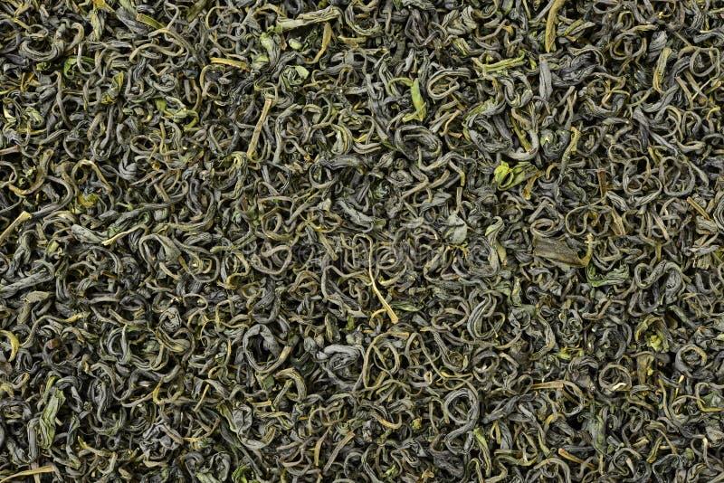 Une pile de thé vert sec images libres de droits