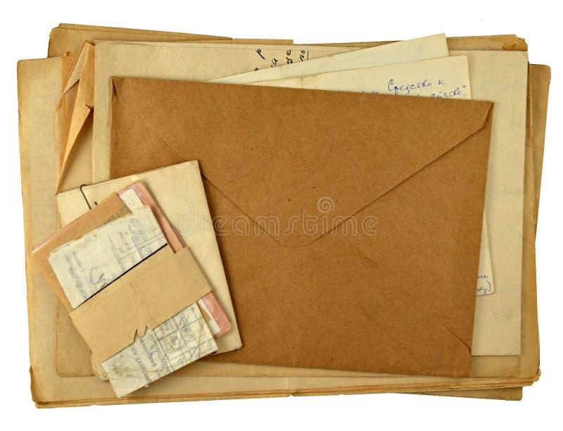 Une pile de vieilles lettres photo stock
