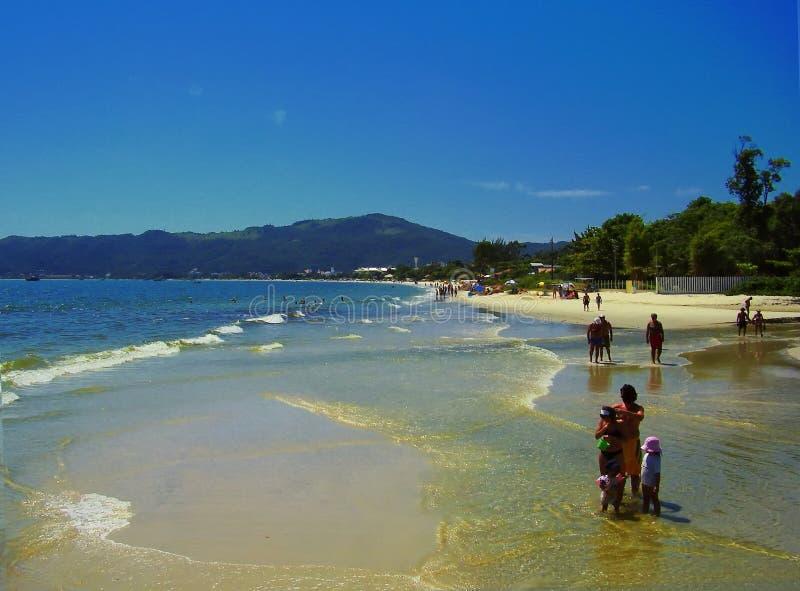 Une plage en Florianopolis Santa Catarina Brasil images stock