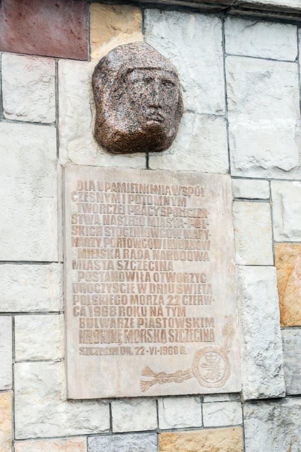 Une plaque pour commémorer le contemporain et les descendants du travail créatif de la société de ville de Szczecin image stock