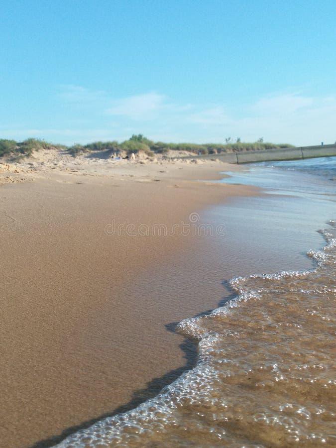 Une promenade sur la plage photos libres de droits